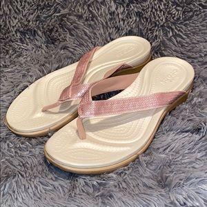 Crocs Capri V Sequin Flip Flops Pink White Sz 9
